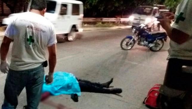 Motociclista muere tras grave accidente de transito en calle a Huizucar por el Rancho Navarra
