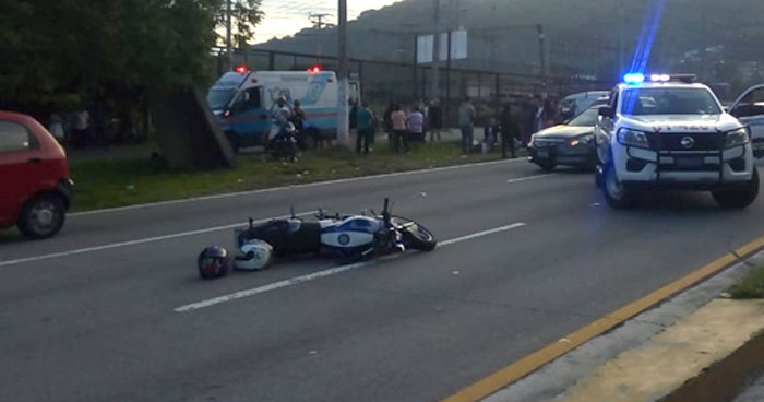 Motociclista fallecido en carretera de San Luis Talpa, La Paz