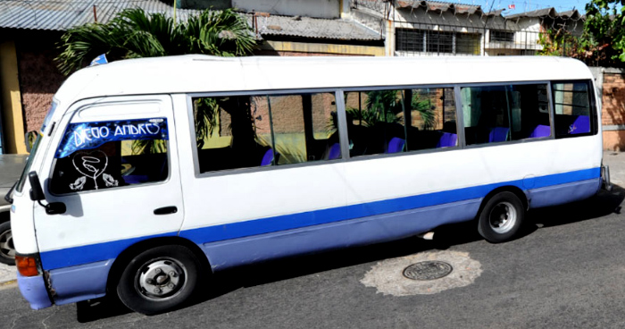 Capturan a motorista de la ruta 33-A que botó a una pasajera del microbus y se dio a la fuga