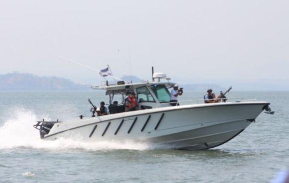 Fuerza Naval localizó 25 paquetes sospechosos en Acajutla