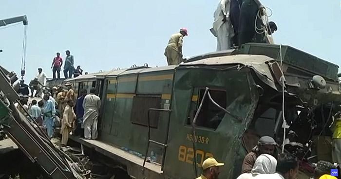 Al menos 40 muertos y decenas resultaron heridos tras accidente ferroviario en Pakistán