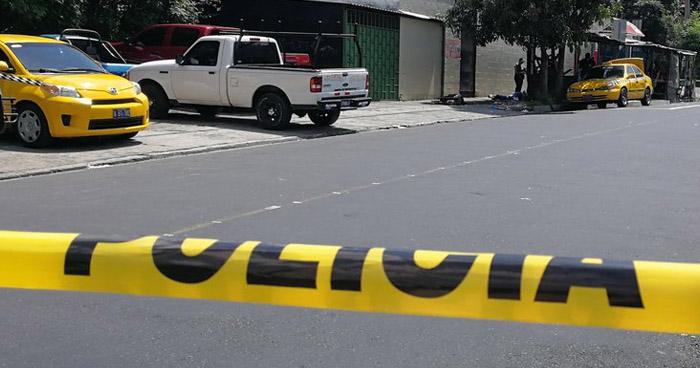 Mujer de la tercera edad fallecida tras ser atropellada por bus en San Salvador