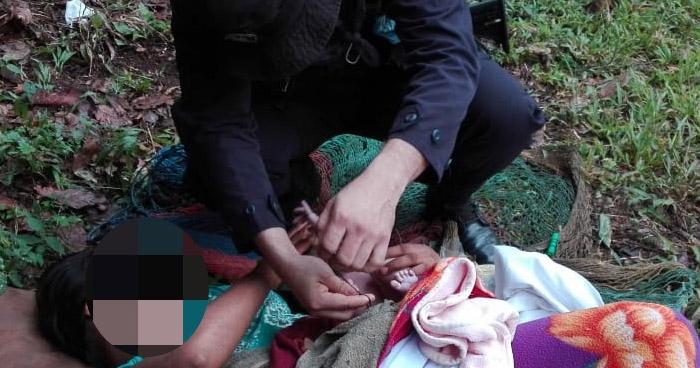 Policías atienden parto en zona rural de Tamanique, La Libertad