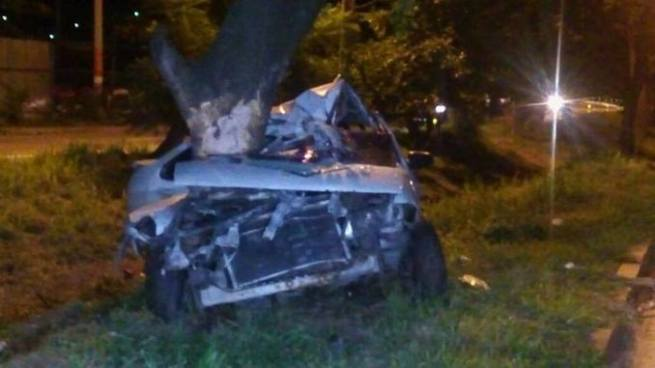Muere un hombre tras fuerte accidente de tránsito en carretera a Comalapa
