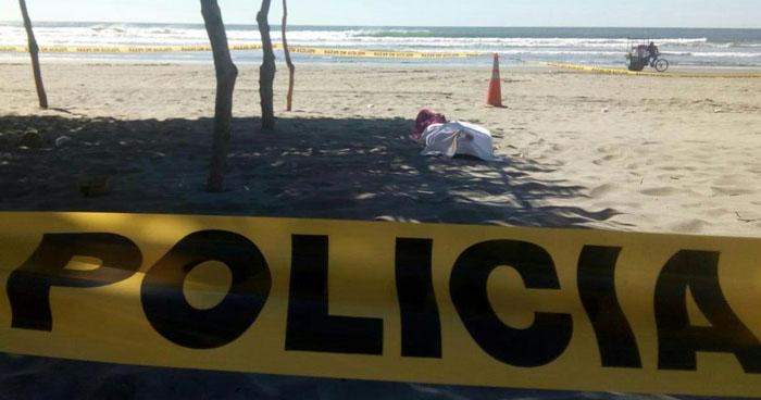 Dos hombres murieron ahogados en la playa El Cuco, en San Miguel