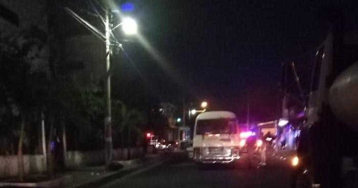 Pandilleros ametrallan microbus de la ruta 6A en Mejicanos dejando al menos 4 lesionados