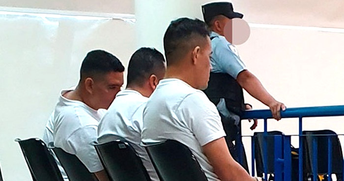 Condenan a policías por privar de libertad a una víctima