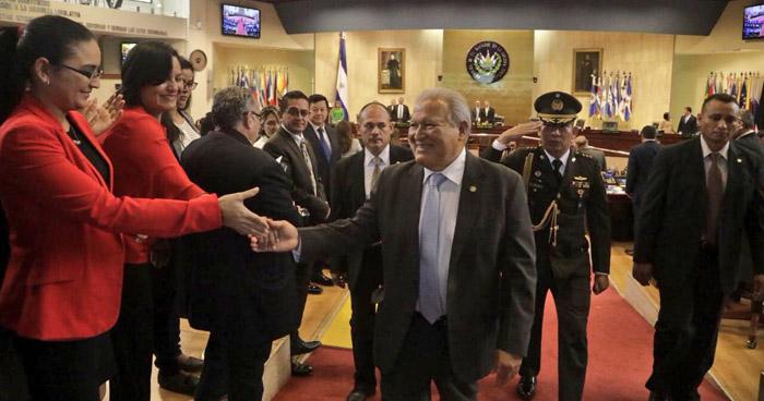 Sánchez Cerén ratificó hoy su permiso para los viajes que realizará en su último año de gestión
