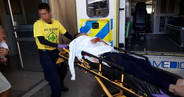 Lo privaron de libertad y lo apuñalaron con un desarmador en San Salvador