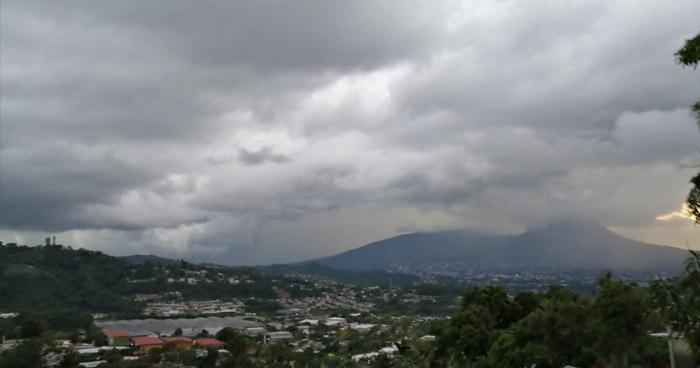 Probabilidad de lluvias con énfasis en el occidente y zonas en la cadena montañosa norte