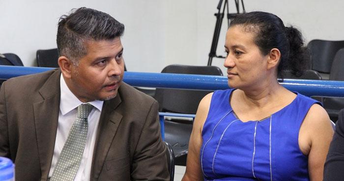 Profesora culpable de lavar más de $220 mil junto a 8 familiares