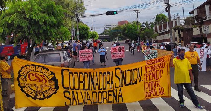 Cierran Diagonal Universitaria para exigir cumplimiento de derechos laborales