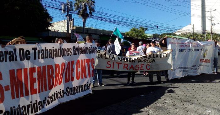 Protestan contra proyecto de Ley que vulneraría a los empleados públicos