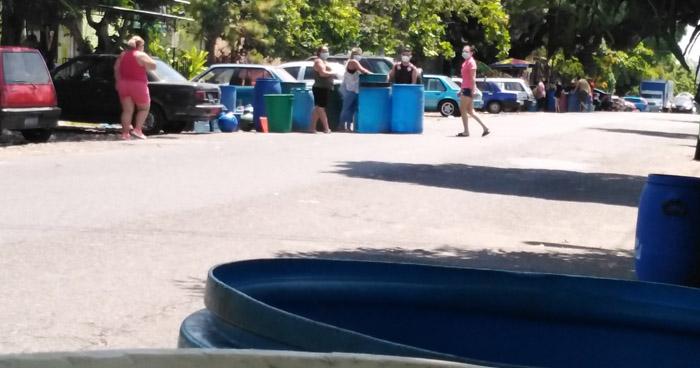 Habitantes de Soyapango protestan por falta de agua potable