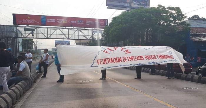 Sindicalistas de la alcaldía de San Salvador denuncian que personas recién empleadas cobran más de $600