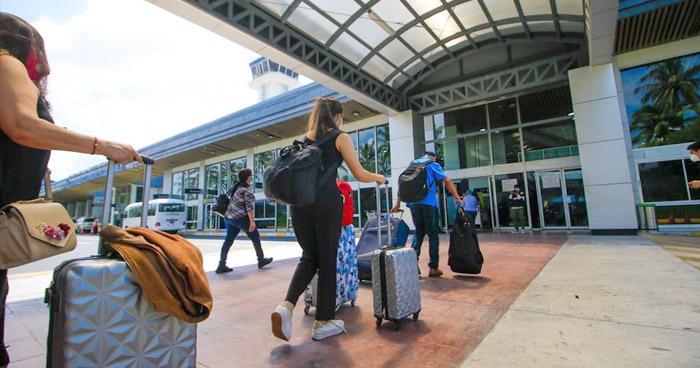 Gobierno insiste que aerolíneas deben exigir prueba PCR negativa a COVID-19 para ingresar al país