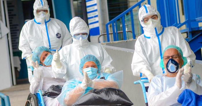 Cuatro personas más reciben el alta médica tras recuperarse de COVID-19