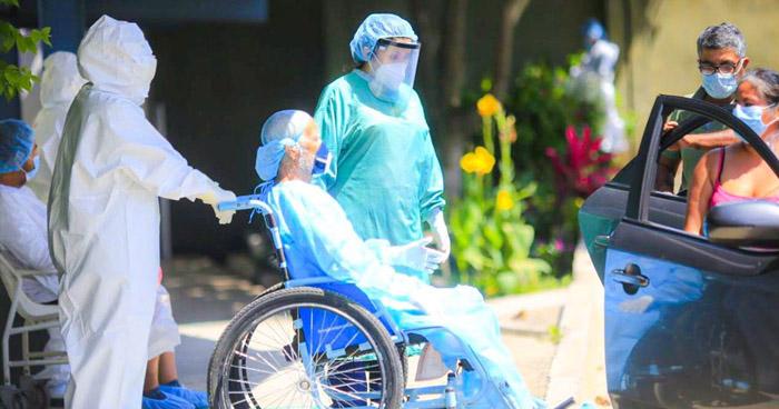 Cuatro personas más reciben el alta tras recuperarse de COVID-19