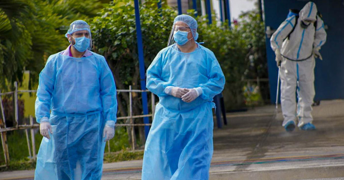 Cuatro personas murieron durante este Lunes por COVID-19 en El Salvador