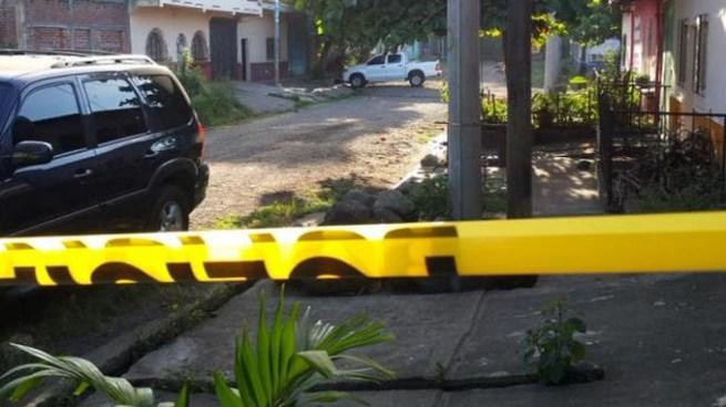 Pandilleros contrarios asesinan a dos pandilleros en Apopa, San Salvador