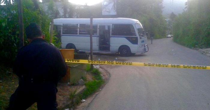 Asesinan a un motorista de la ruta 33-B, cuando hacia su recorrido en Mejicanos
