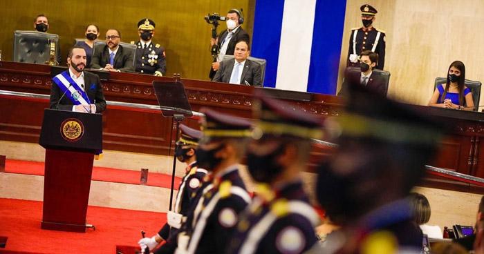 """Presidente Nayib Bukele llamó a la """"independencia"""" durante discurso por su segundo año de gestión"""