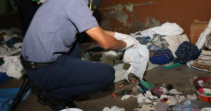 Requisan celdas del Penal de Sonsonate y eliminan plásticos para evitar fabricación de «wilas»