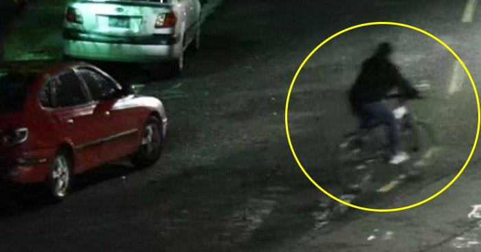 Captan en video a hombre hurtando CD Player a vehículo en Ciudad Merliot