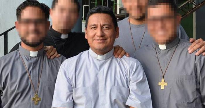 Acusan a sacerdote de colegio salesiano de cometer abusos sexuales contra alumnos