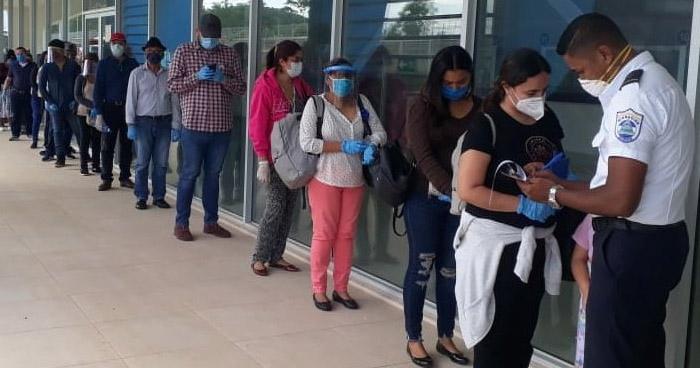 90 salvadoreños más son repatriados desde Nicaragua