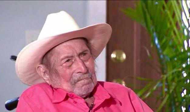 Salvadoreño podría ostentar al récord del hombre más viejo del mundo con 116 años