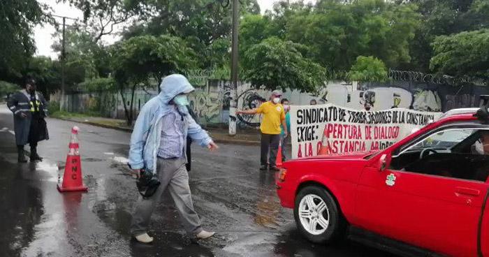 Fiscalía ordena a la PNC proceder contra Sindicalistas que protestaron esta mañana