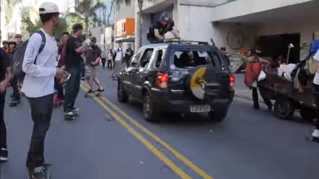 VÍDEO | Vehículo embiste a una multitud en el Día Mundial de la Patineta en Brasil