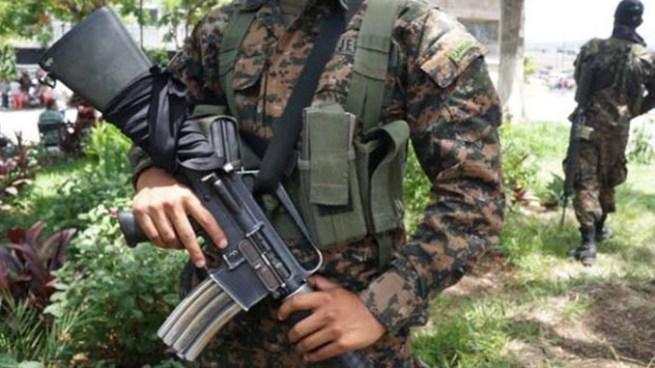 Pandilleros asesinan a soldado de la Fuerza Armada en Santa Ana