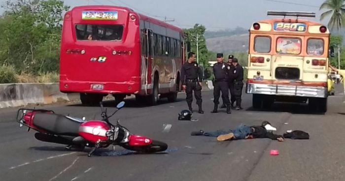 Fallece motociclista en accidente de transito