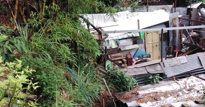 Rescatan con vida a 5 personas que estaban soterradas en Ciudad Delgado