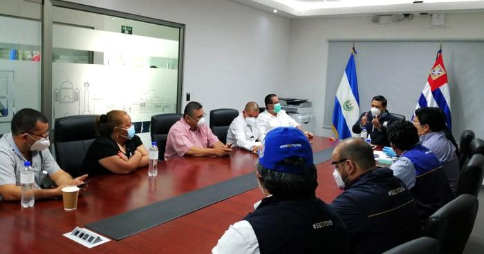 Alcaldía de San Salvador estima reactivar la economía de la capital el próximo mes