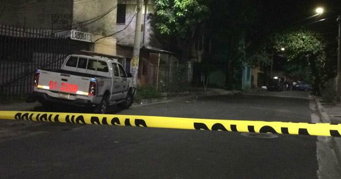 Investigan supuesto suicidio en Santiago Texacuangos, San Salvador