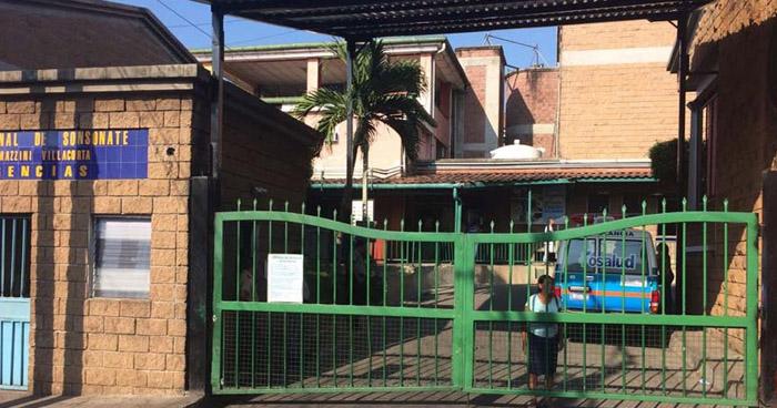 Paciente se suicida en los baños del Hospital Jorge Mazzini de Sonsonate
