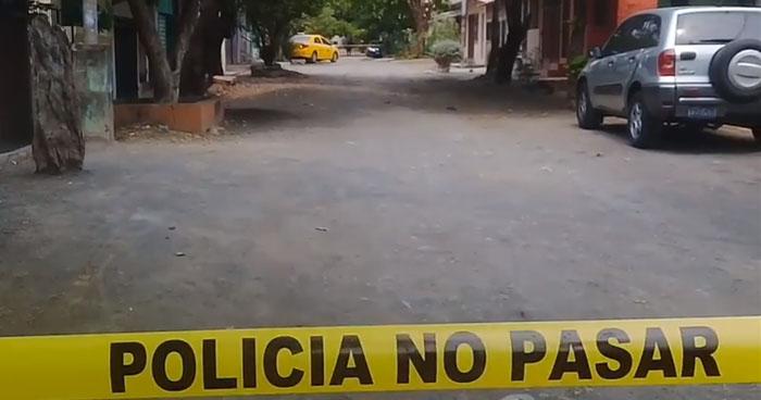 Asesinan a un taxista en colonia de San Miguel