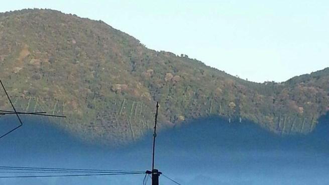 Temperatura en Los Naranjos disminuye a 6.6 °C y provoca niebla radiativa