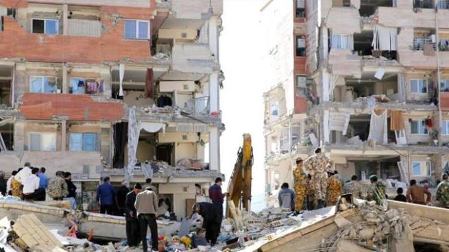Asciende a 530 la cifra de fallecidos y miles de heridos tras terremoto de 7.3 en frontera entre Irán e Irak