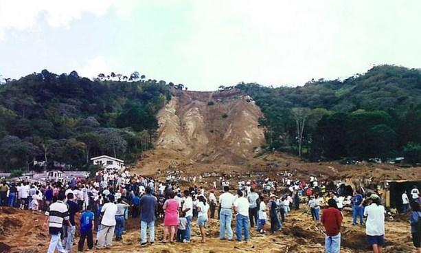 Hoy se cumplen 17 años del terremoto que acabó con la vida de cientos de salvadoreños