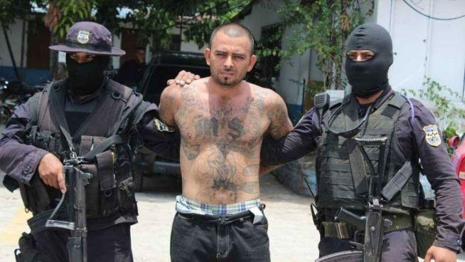 """Condenan a 44 años de prisión a """"El Tigre"""" por intento de homicidio contra tres policías"""