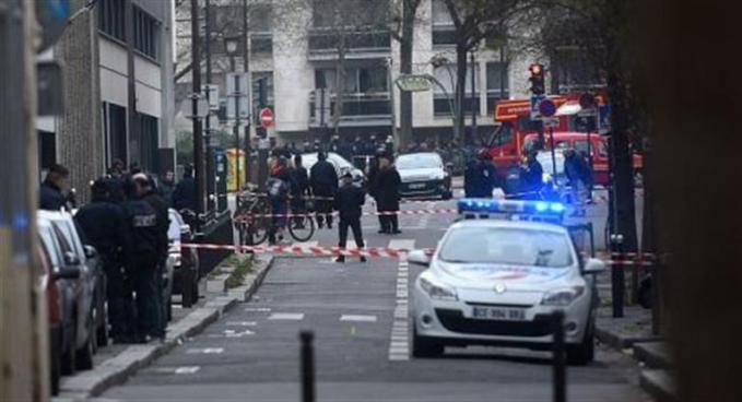 Un tiroteo frente a una mezquita de Francia deja ocho heridos