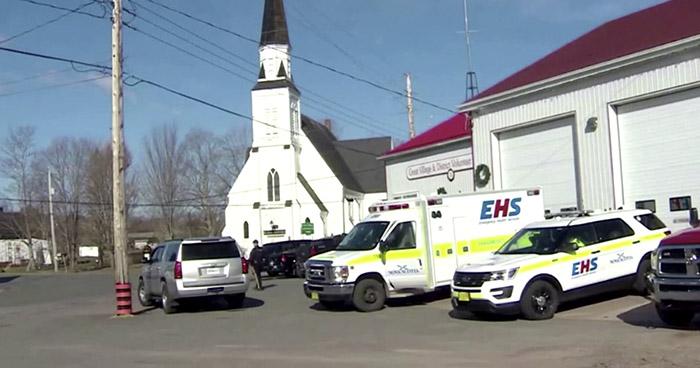 Un hombre armado mata a 10 personas en Canadá