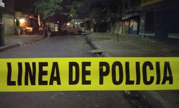 Tiroteo frente a motel de San Salvador deja como saldo un muerto y un lesionado de gravedad