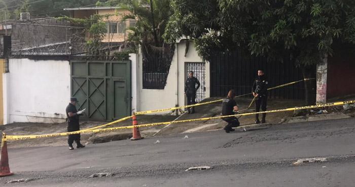Vigilante herido de bala al repeler un asalto en San Salvador