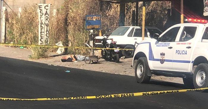 Un muerto y un lesionado dejo tiroteo contra un taller en zona de llanterias de Mejicanos