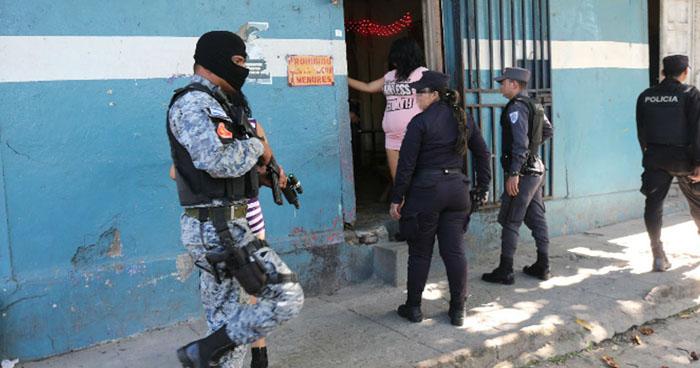 Desarticulan estructura de pandilleros dedicada a la explotación sexual en el oriente del país